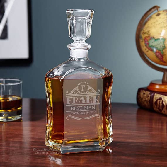 personalized liuqor decanter created with a laser cutting machine
